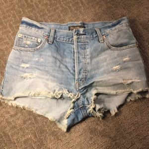 Light wash abercrombie shorts